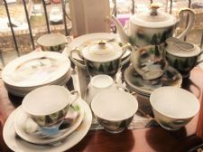 VINTAGE ORIENTAL CHINA GILDED COFFEE SET & CAKE PLATE LITHOPHANE GEISHA CUPS